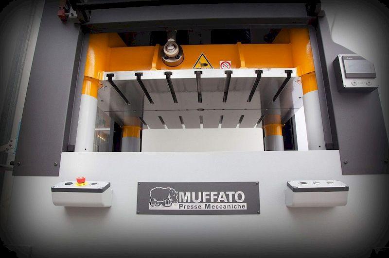 Muffato Presse Meccaniche ad alta velocità